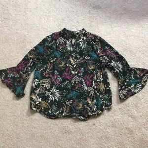 Gorgeous floral top